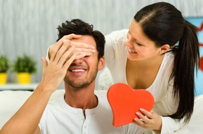Sevgilinize seksi notlar bırakarak aşkınızı sıcak tutun!